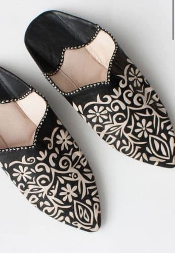 Moroccan Babouche Slippers in Black Blue
