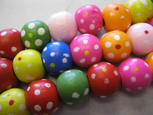 Wood Beads with dot patterns (14mm) - 10 beads - Mixed Colour