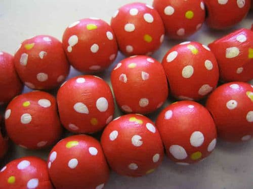 Wood Beads with dot patterns (14mm) - 10 beads - Red