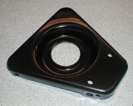 FRONT LOWER WISHBONE PAN MGB / GT ALL MODELS AHH5925