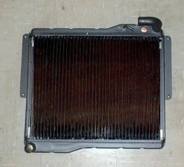 NEW RADIATOR MGB & GT 1976 ON NRP1154