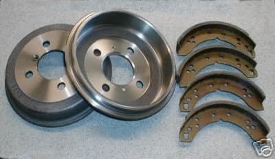 REAR BRAKE DRUM/ SHOE KIT TRIUMPH SPITFIRE & HERALD GBS749