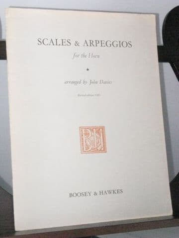 Scales and Arpeggios for the Horn arr Davies J