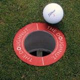 The Doughnut – Golf hole reducer for short putt practice