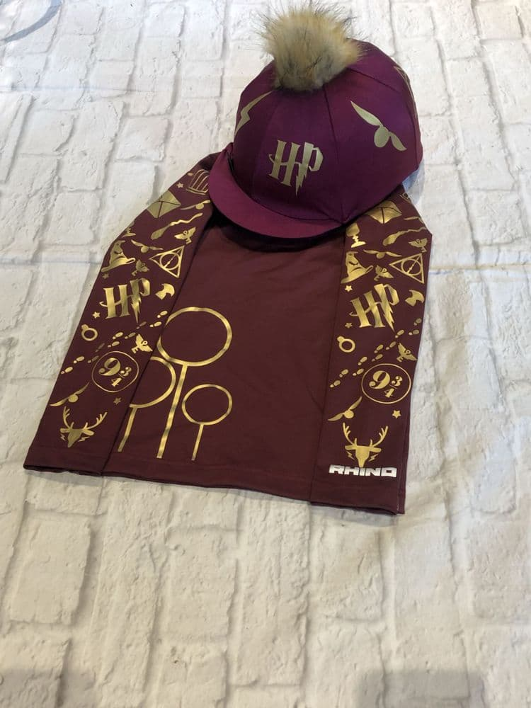 Harry Potter Gryffindor Base Layer & Hat Cover Set
