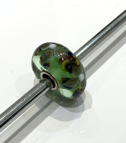 Green And White Dotted Flower Unique Glass Bead By Trollbeads