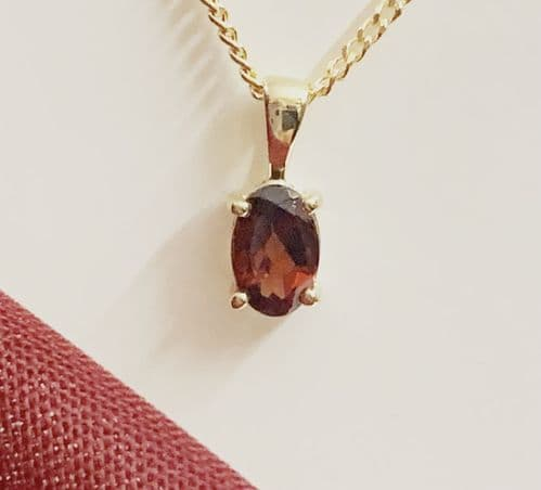 Oval Red Garnet Necklace Pendant Yellow Gold