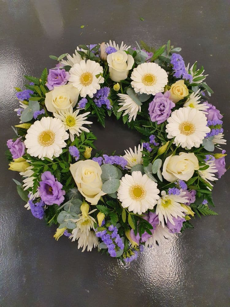 Wreath  10 - size 12""