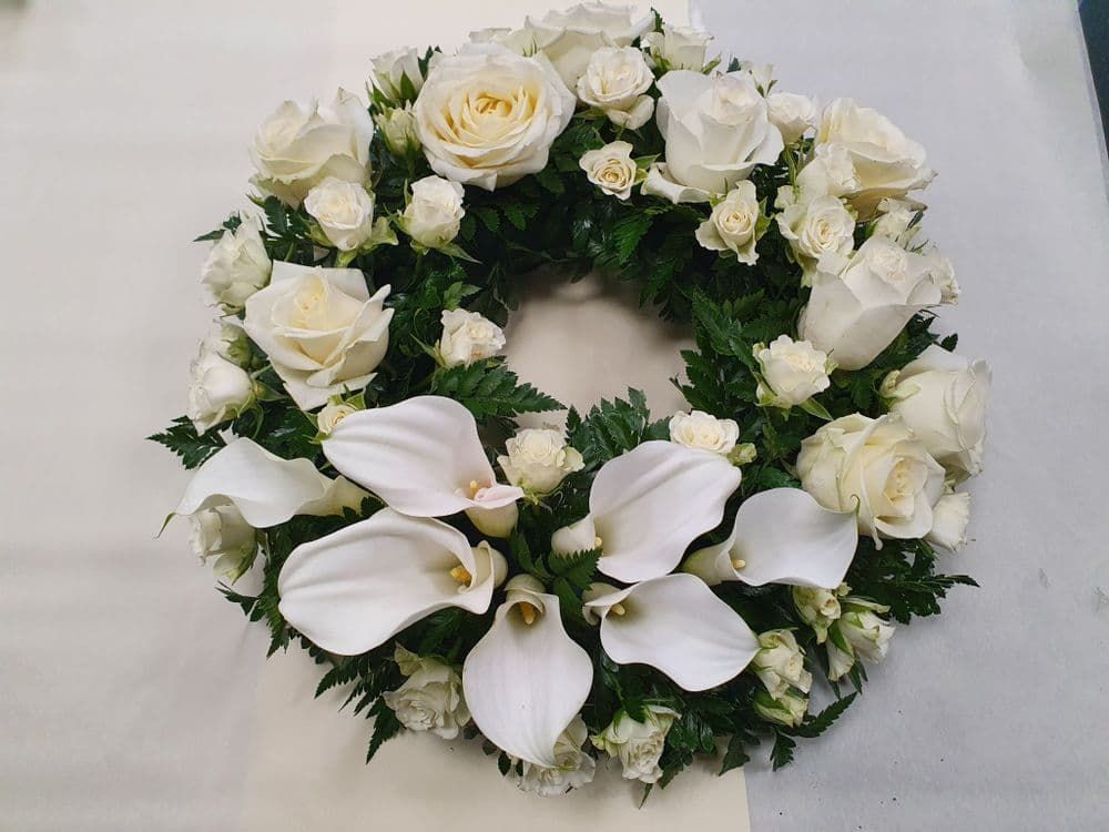 Wreath 8 - size 14""