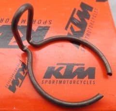 Genuine KTM Junior / Senior Kickstart Sleve Spring Clip 45133056000