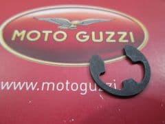 Genuine Moto Guzzi Circlip External Snap Ring GU90280009