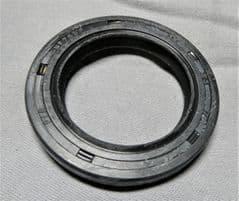 Kymco UXV Wheel Hub Oil Seal 91258-LDB5-E00