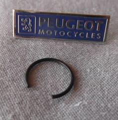 Peugeot 50cc 2T Piston Circlip PE711998