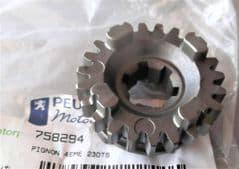Peugeot XPS125 Output Shaft 4th Gear PE758294
