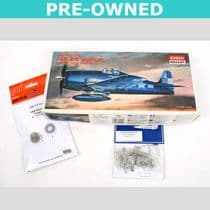 Grumman F6F-3/F6F-5 Hellcat PLUS accessories