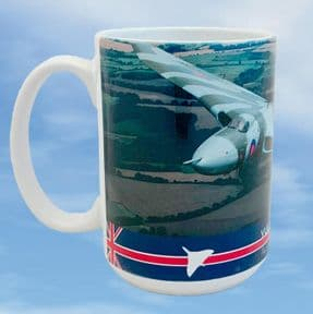Vulcan XH558 Large Mug - Air to Air 2014 Steve Comber